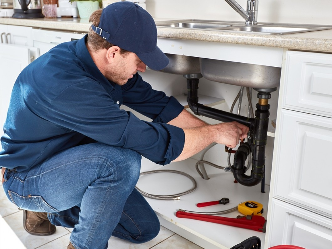 Benefits of Performing Sewerage Examination With A Sewer Scope Before Buying A House