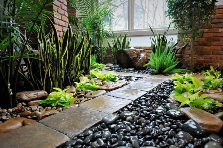 Ideas for Landscaping in Springfield to Make the Summer Season Extra Fun